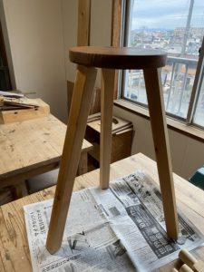 木製丸椅子